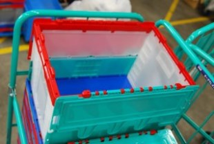 カゴ台車一体型プラコン洗浄脱水乾燥機(乾燥チェック)